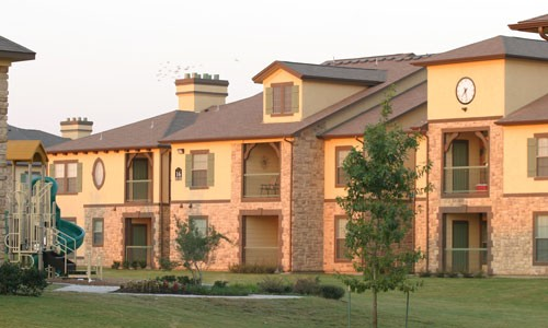 Exterior 3 at Listing #144077