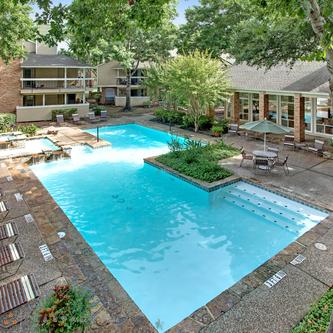 Pool at Listing #139904