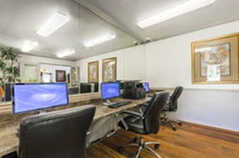Business Center at Listing #137215