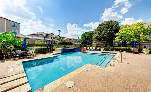 Pool at Listing #140685