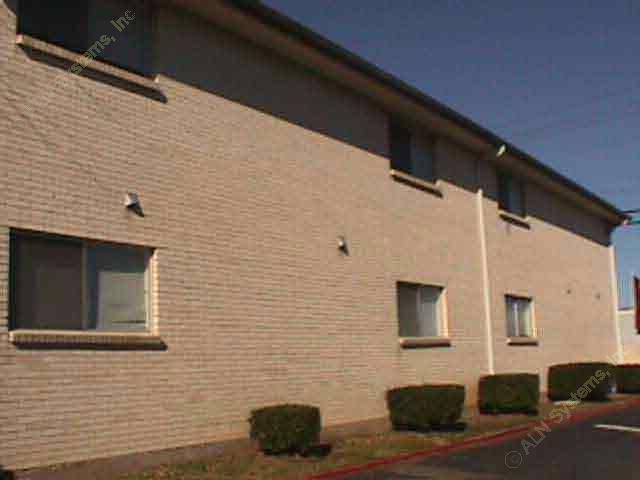 Plantation Place & Court Apartments Arlington TX
