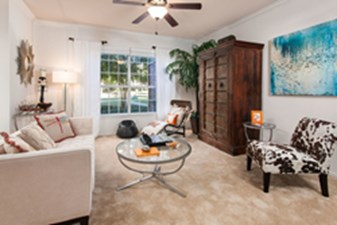 Living at Listing #137796