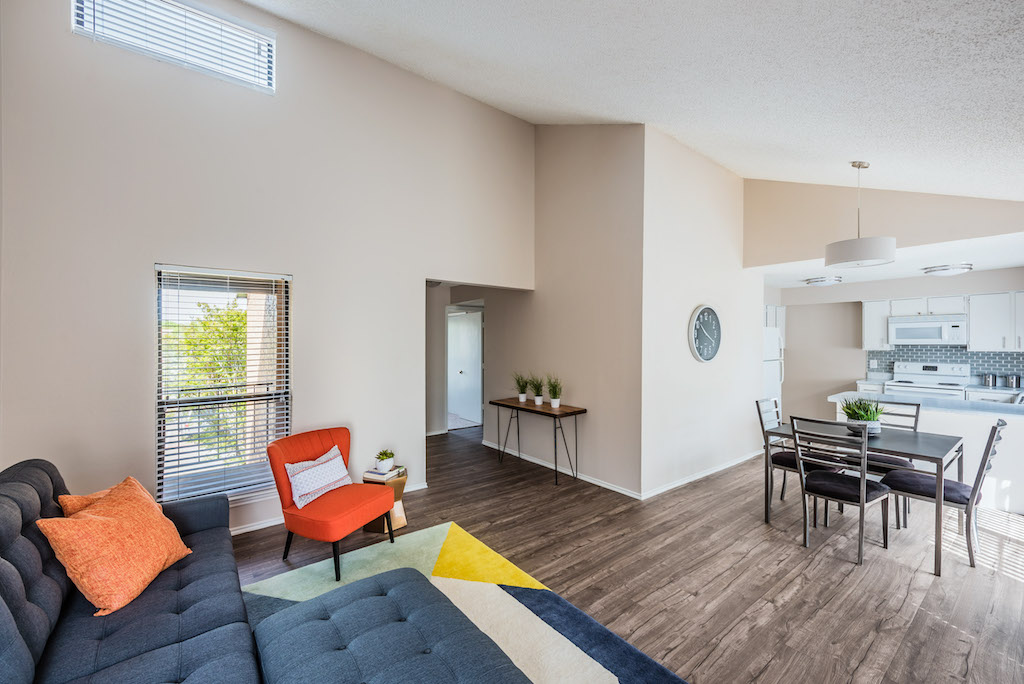 Living Area at Listing #136246