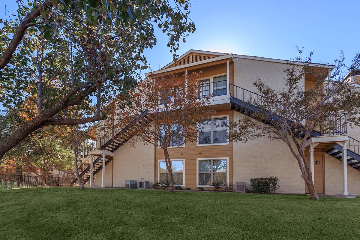 Exterior at Listing #136322