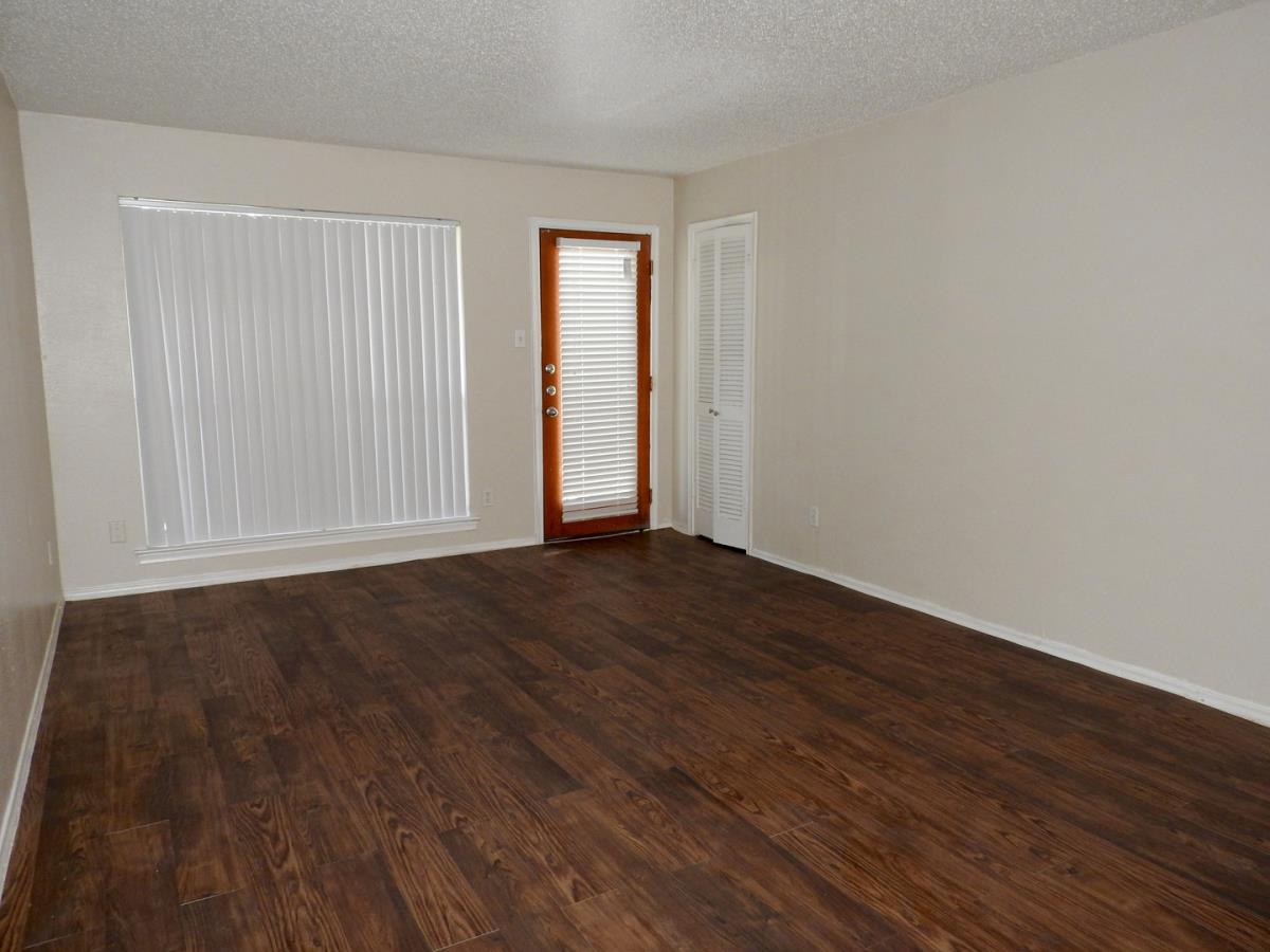 Living at Listing #136629