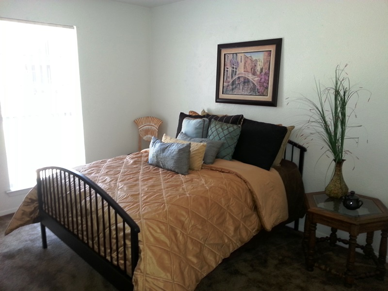 Bedroom at Listing #227486