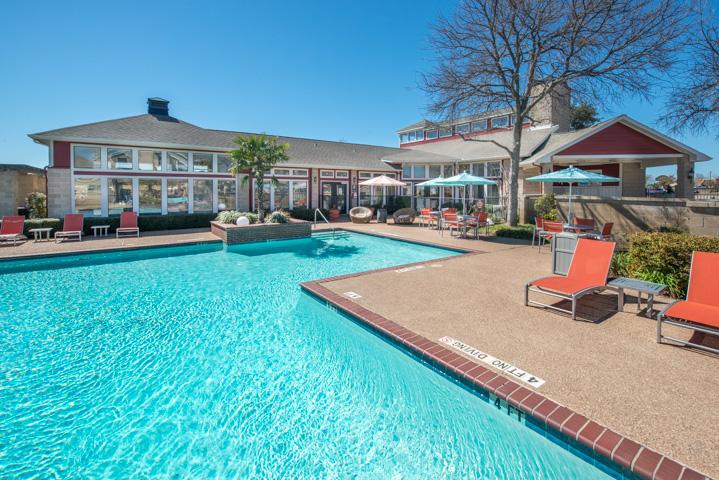 Pool at Listing #137715