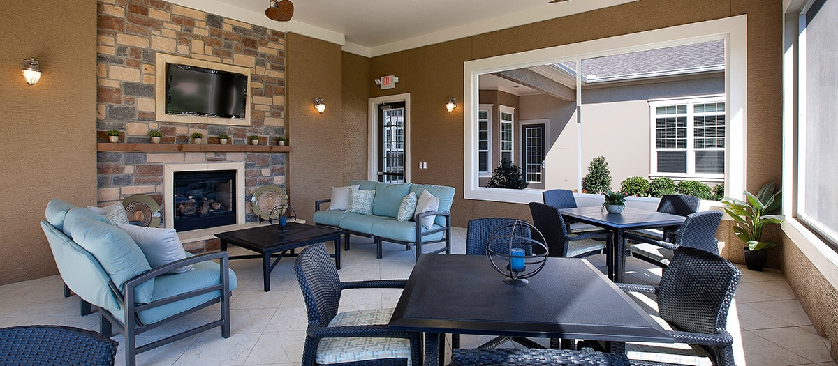 Lounge at Listing #152238