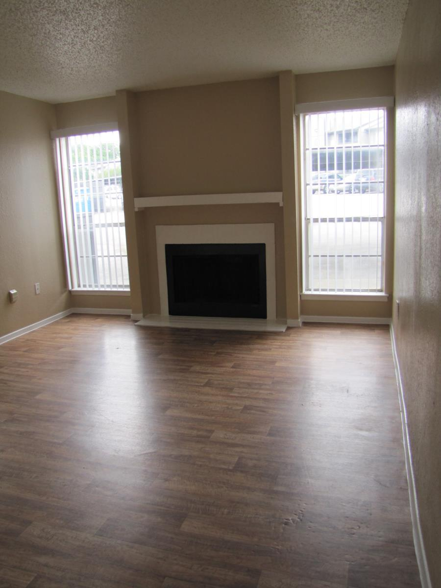 Living at Listing #136829