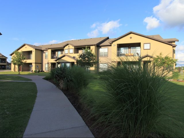 Exterior at Listing #144352