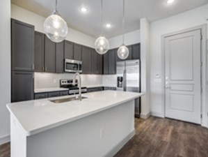 Kitchen at Listing #283321