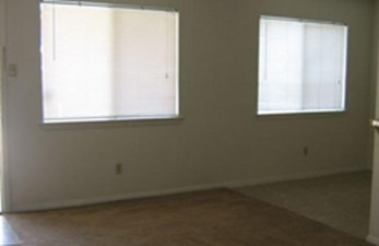 Living at Listing #141357