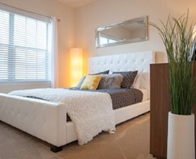 Bedroom at Listing #294830
