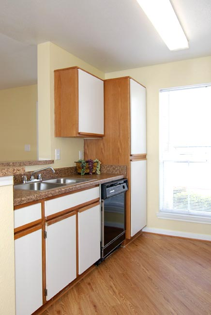 Kitchen at Listing #138880