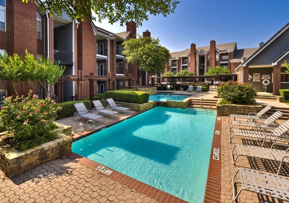Resort at Jefferson Park Apartments Irving TX