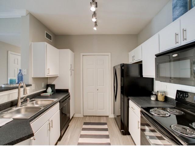 Kitchen at Listing #145118