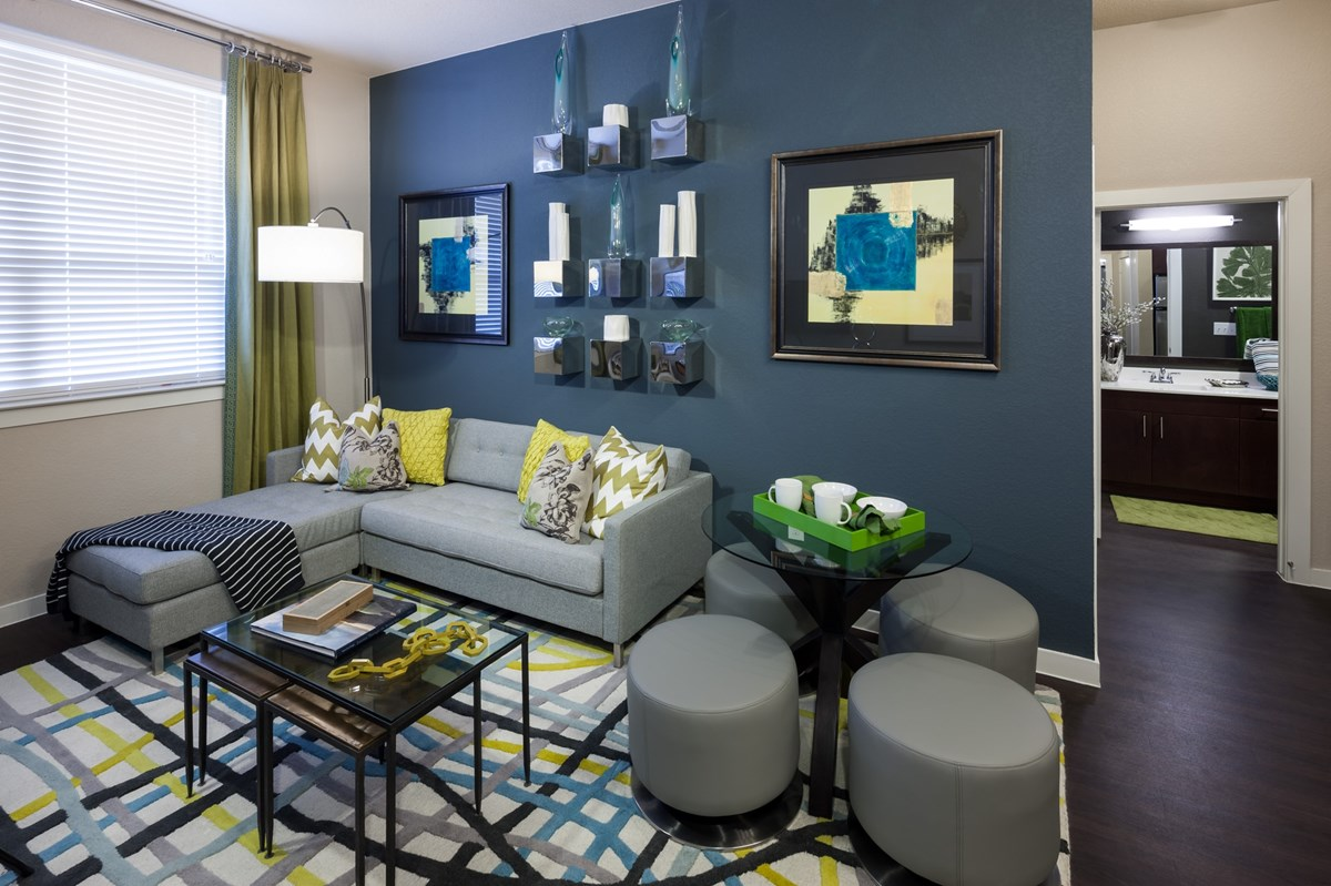 Living Area at Listing #149261