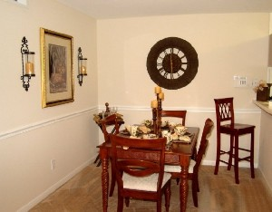 Dining at Listing #138594