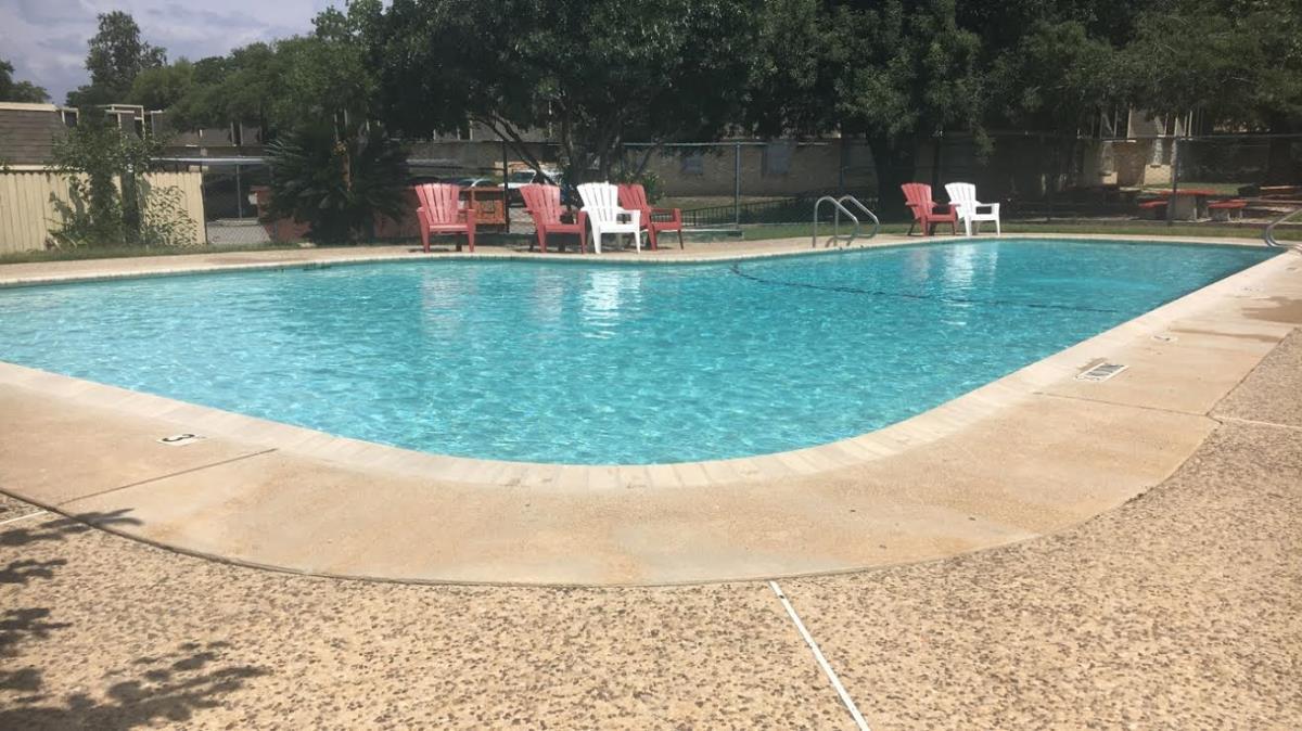 Meadow Run Apartments San Antonio TX