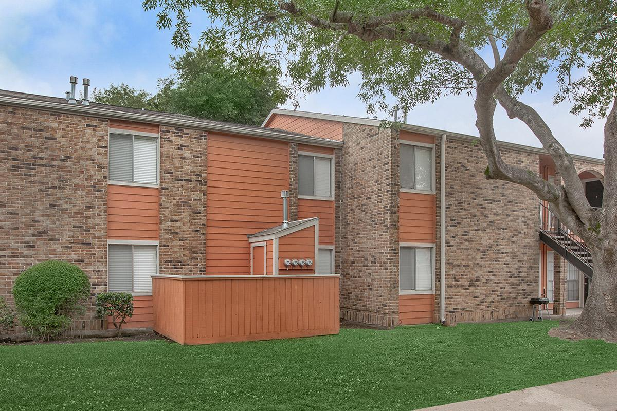 Exterior at Listing #138372