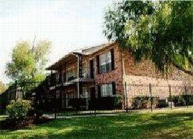 Exterior at Listing #138588