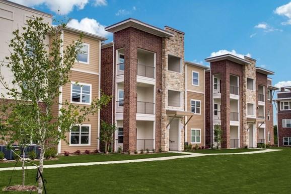 Palladium Crowley Apartments