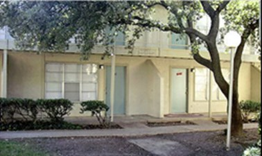 Exterior at Listing #135679