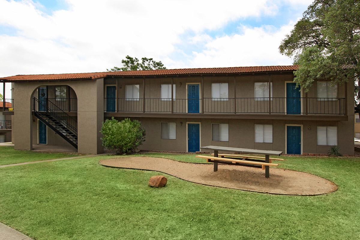 Skyvue Apartments San Antonio 665 For 1 Amp 2 Bed Apts