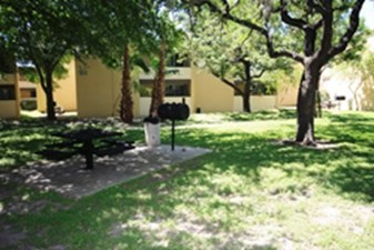Picnic Area at Listing #141315