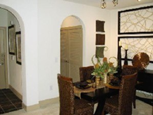 Dining at Listing #145037