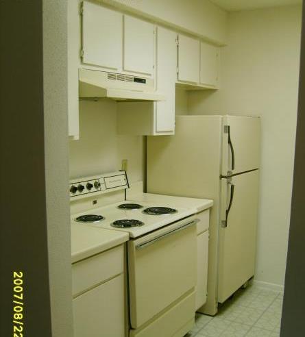 Kitchen at Listing #141210