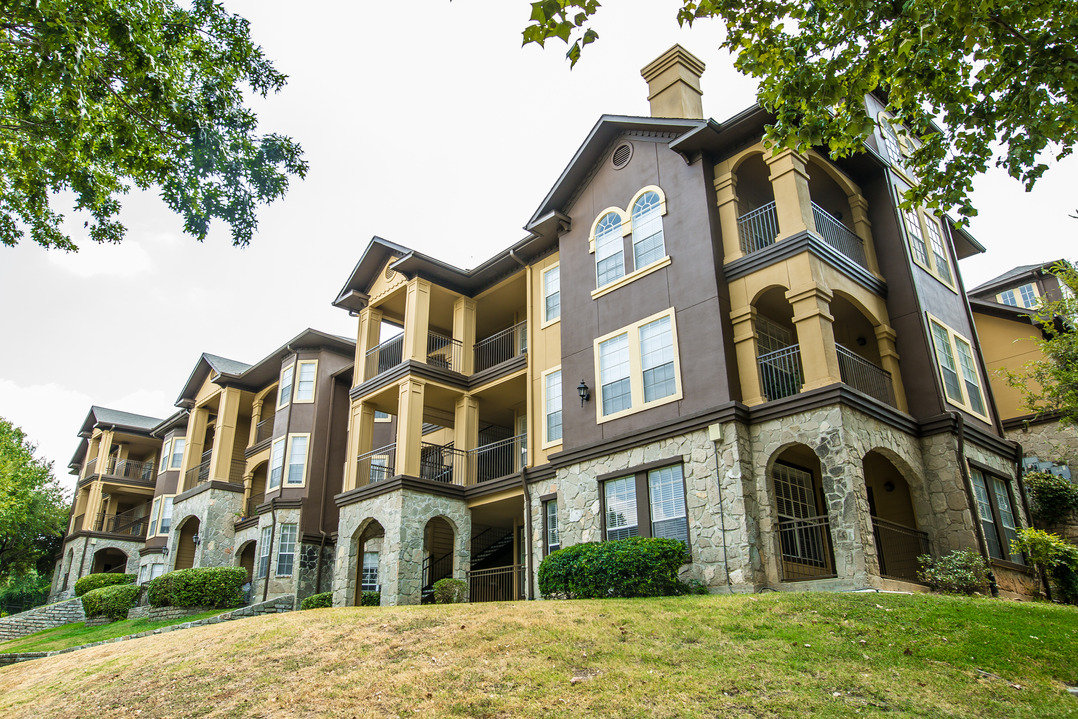 Promontory Pointe Apartments San Antonio, TX
