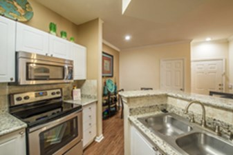 Kitchen at Listing #138724