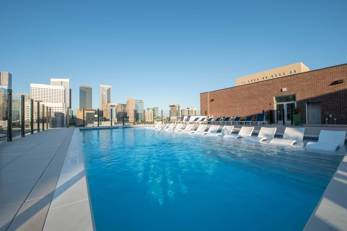 Pool at Listing #286912