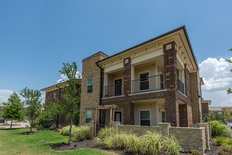Cortland Phillips Creek Ranch Apartments