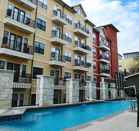 Pool at Listing #268381