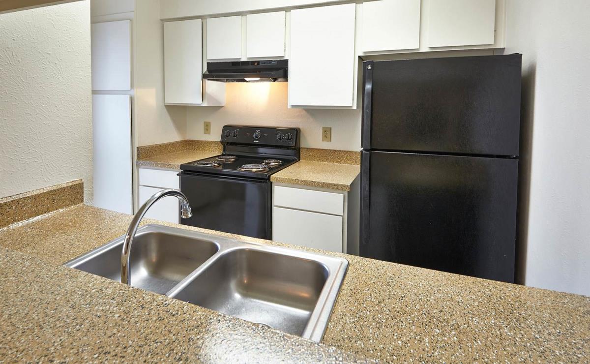 Kitchen at Listing #136078