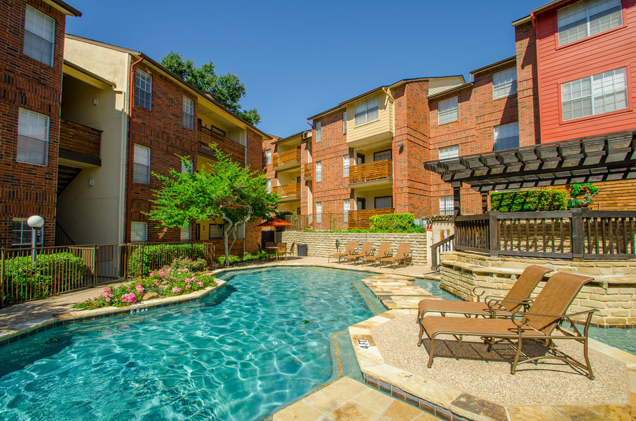 Pool at Listing #135846