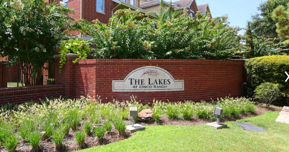 Lakes at Cinco Ranch Apartments