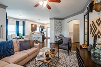 Living at Listing #265680