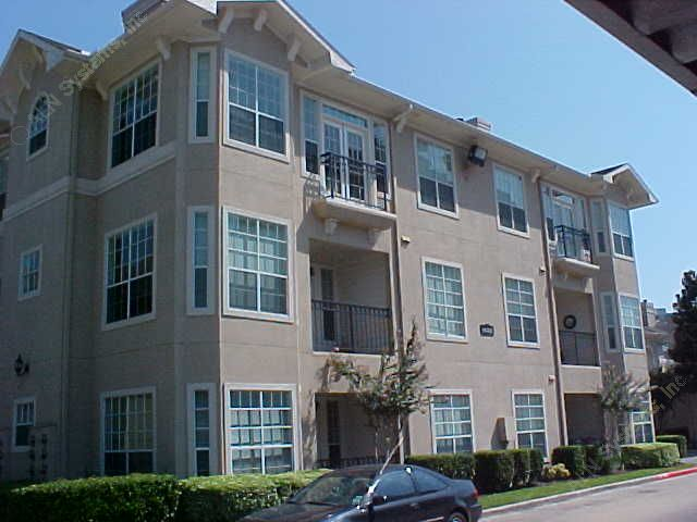 Exterior at Listing #138906