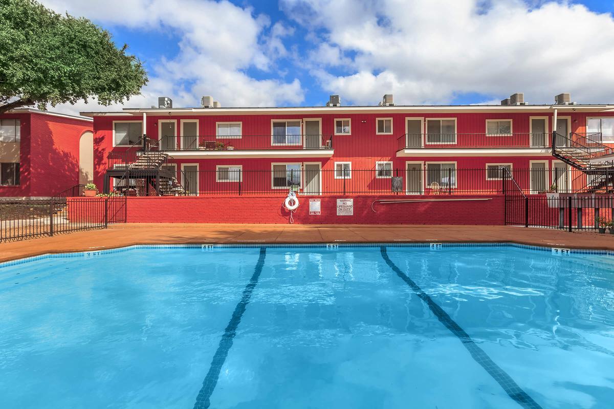 Pool at Listing #140894