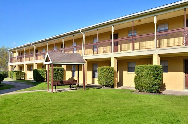 Oaks of Baytown Apartments