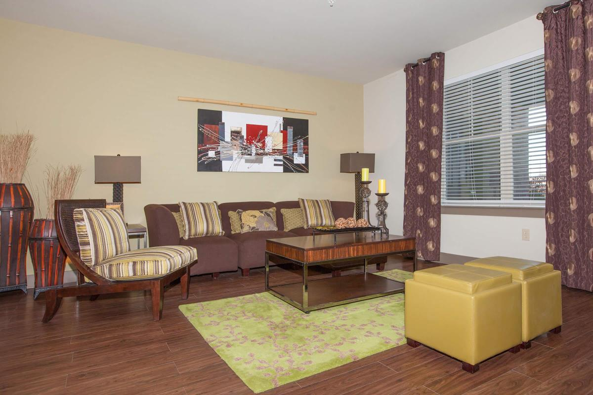 Living Room at Listing #152477