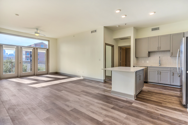 Living/Kitchen at Listing #144604