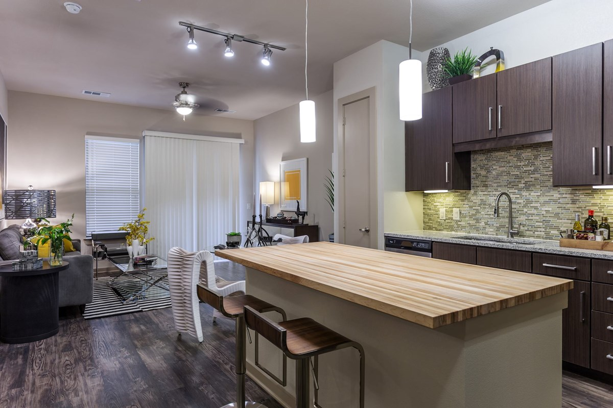 Living/Kitchen at Listing #267352