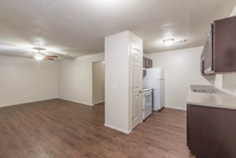 Dining/Kitchen at Listing #212352