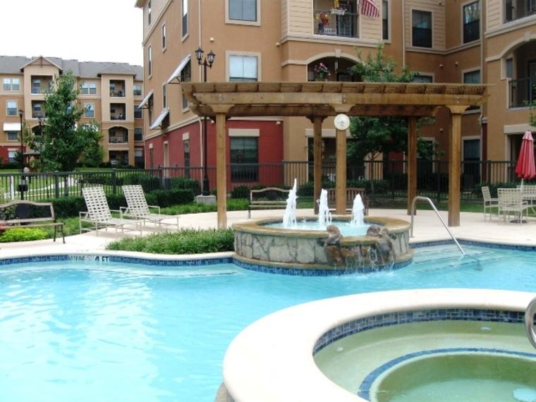 Pool at Listing #144616
