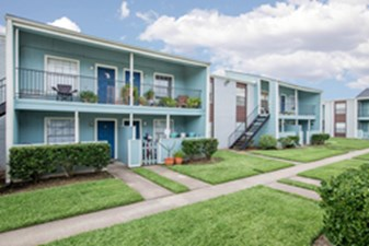Exterior at Listing #138444