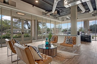 Lounge at Listing #288958